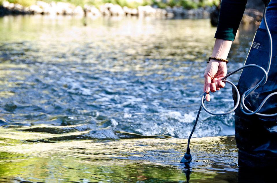 September 26, 2011 EPA tests water quality in Indian Creek, Kansas City, MO