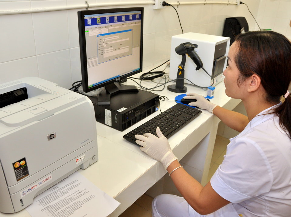 USAID supports new rapid detection TB equipment