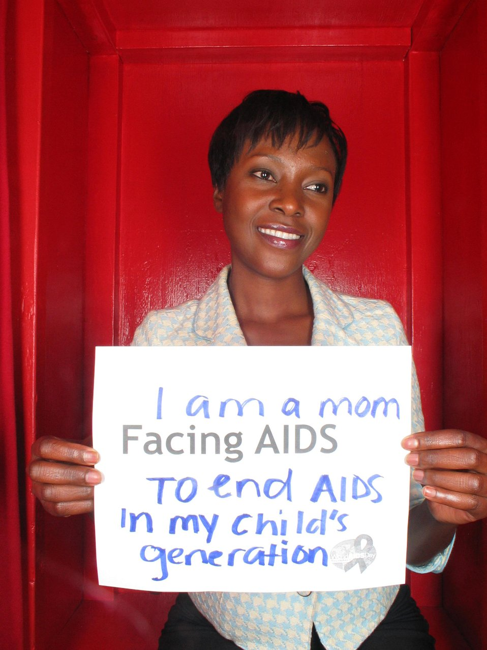 I am a mom Facing AIDS to end AIDS in my child's generation.