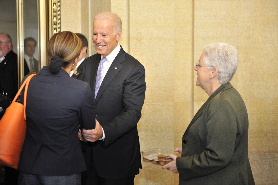 Vice President Biden and Administrator McCarthy at EPA HQ