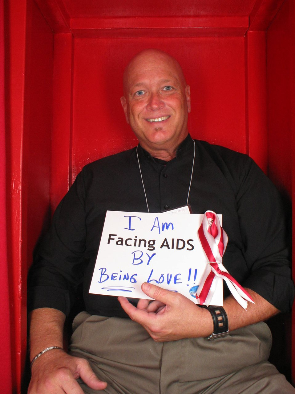 I am Facing AIDS by being love!!!