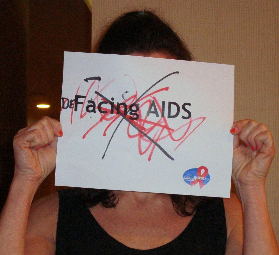 FacingAIDSCampaign 040