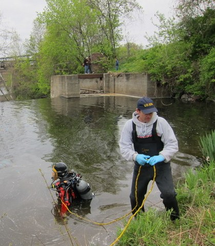 May 2012, Trying not to disturb contaminated sediment