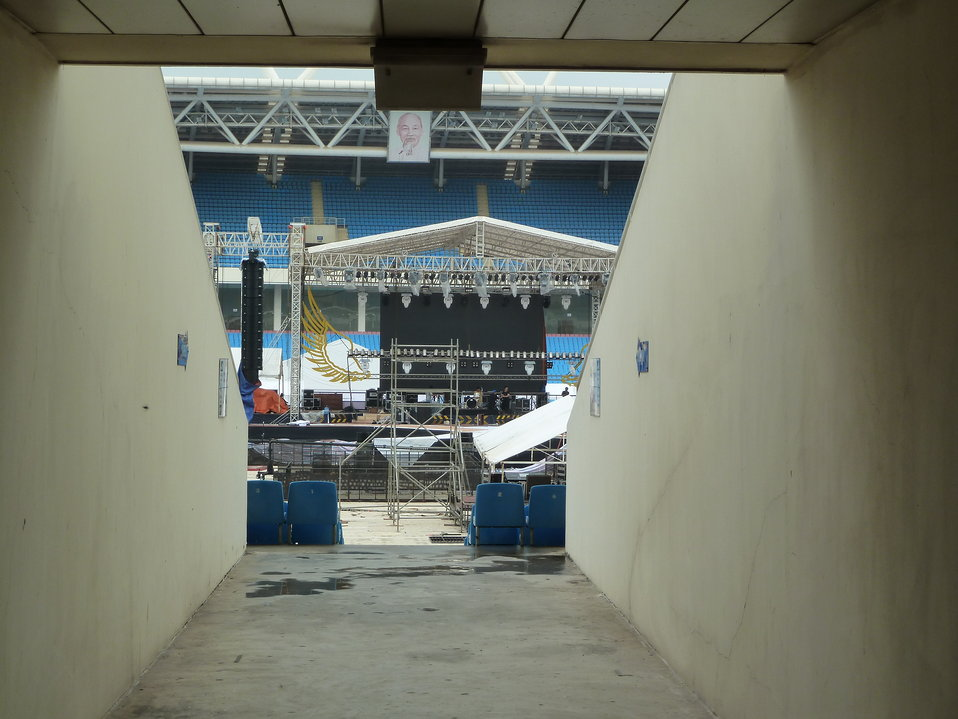 Preparations under way for big MTV EXIT concert in Hanoi on May 26, 2012