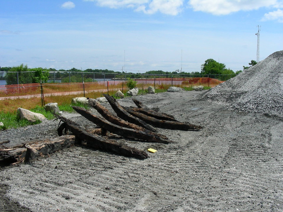 August 2009, Sunken vessel ribs