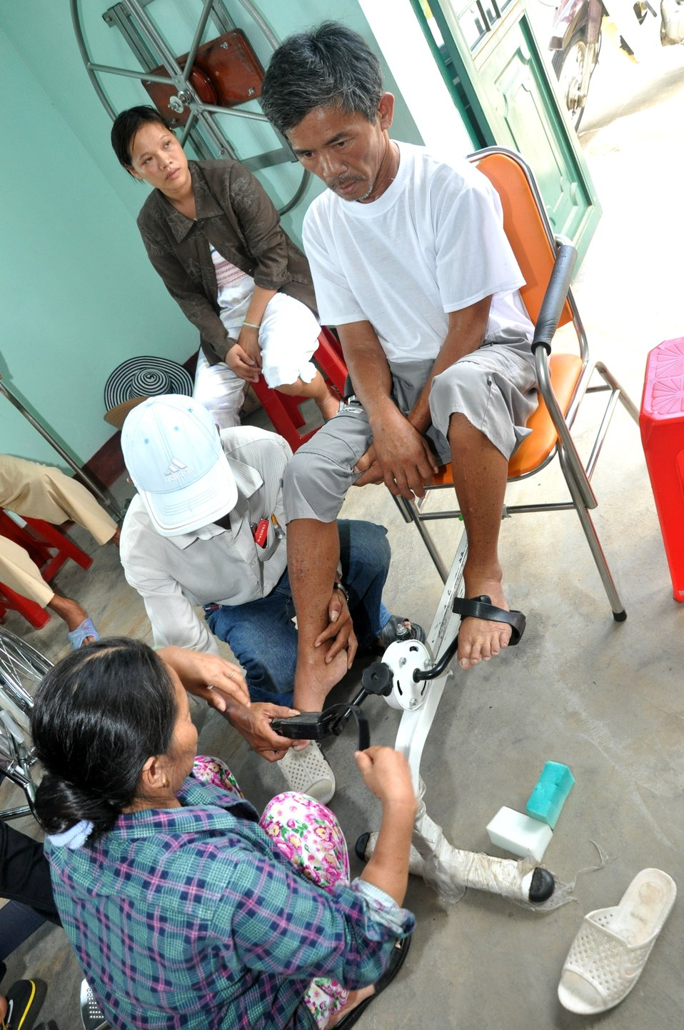 USAID supports a community rehabilitation unit in Danang.