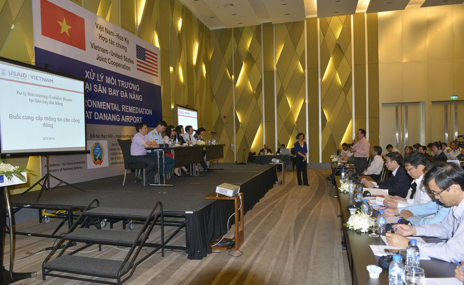 Community Outreach Session on Environmental Remediation of Dioxin Contamination at Danang Airport Project