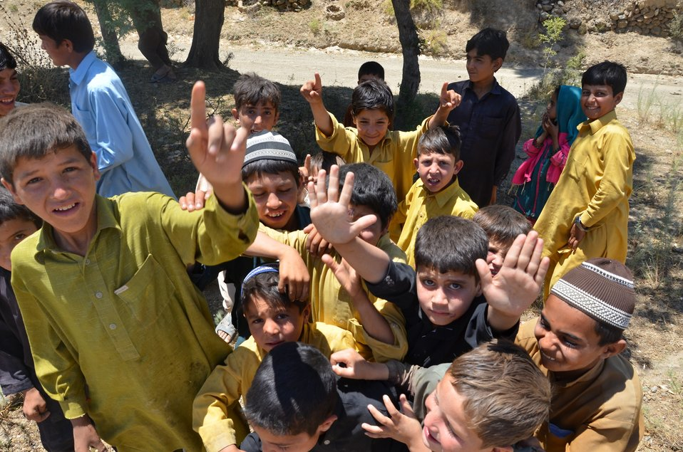 Children gathererd at the site of MHU camp (Imam Baig Mohmand Agency)