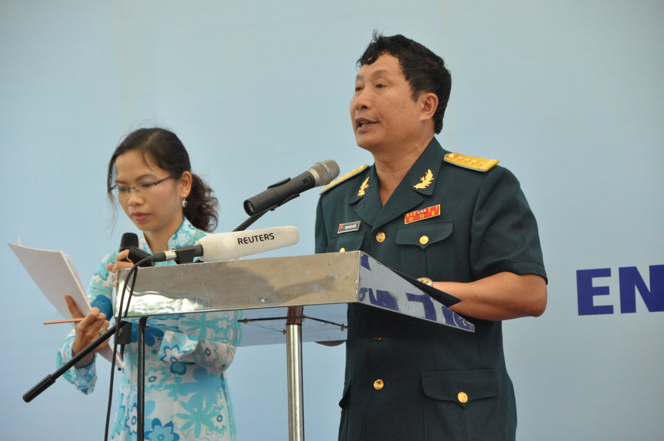 Col. Pham Dinh Chien, Head of Science, Technology and Environment Division - Air Defense Air Force Command, MND - speaks at the Environmental Remediation of Dioxin Contamination at Danang Airport Project Launch