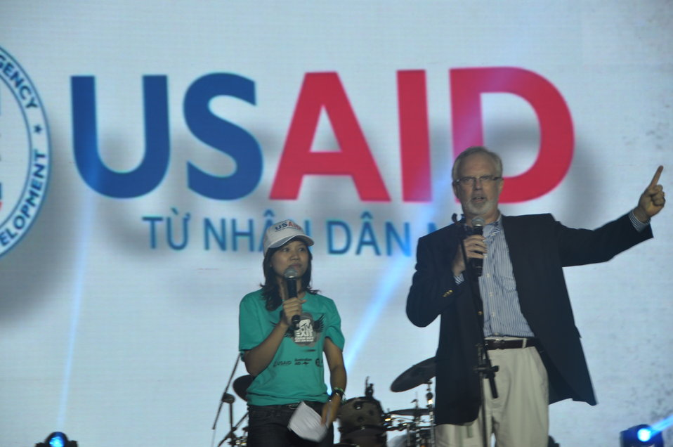 U.S. Ambassador David Shear belts out the message: Stop - human trafficking - NOW.oitation