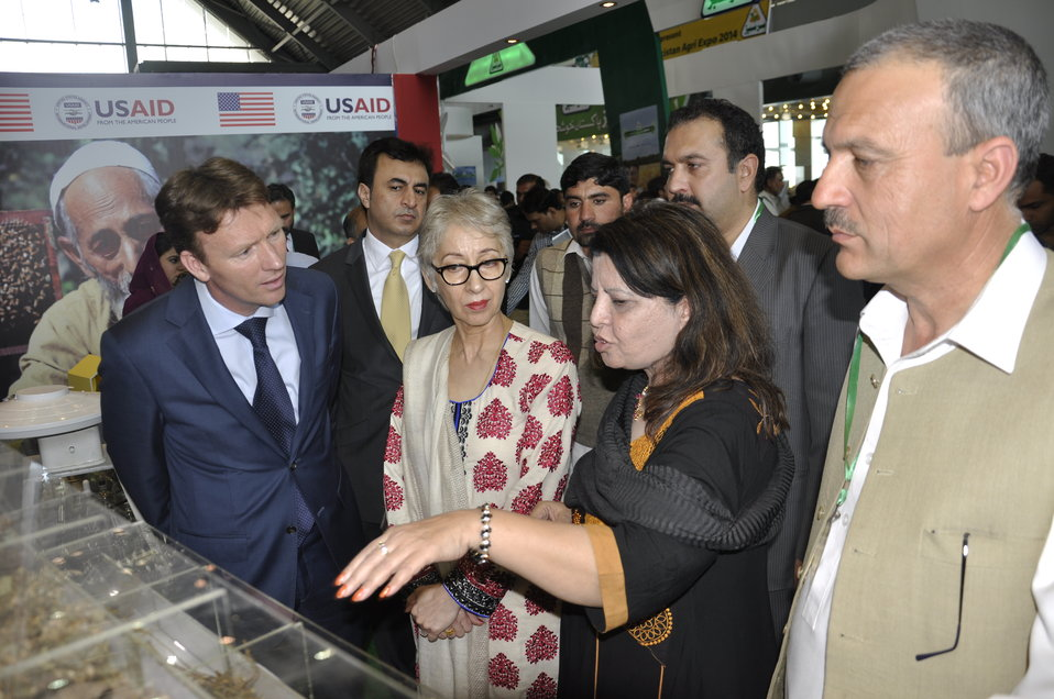 Ambassador of The Netherlands, Mr. Marcel de Vink interacting with the team of USAID's Entrepreneurs Project at  Dawn Sarsabz  Pakistan Agri Expo.
