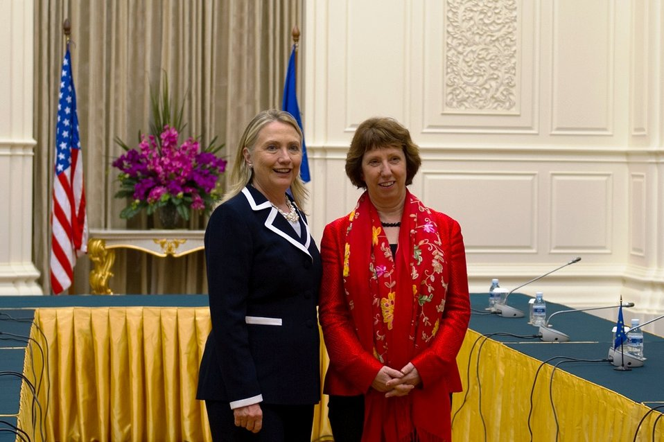 Secretary Clinton Meets With EU High Representative Ashton