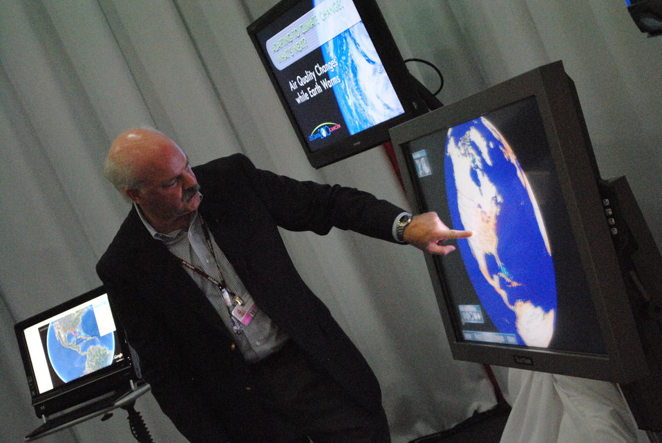 Dave Jones Demonstrates How Climate Change Affects the United States