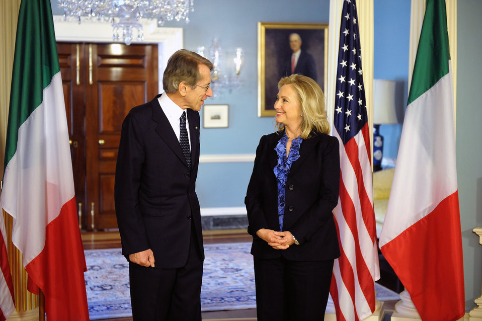 Secretary Clinton Meets With Italian Foreign Minister Terzi