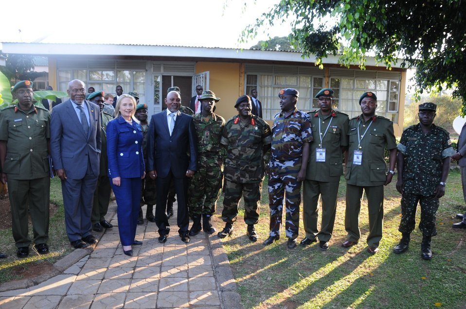 Secretary Clinton Poses at UPDF's Kasenyi Military Base