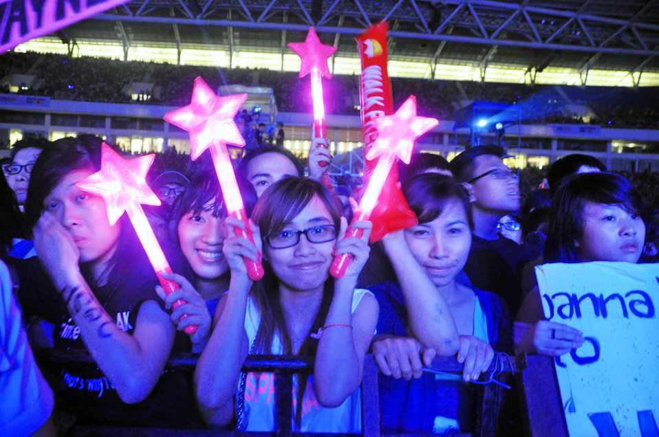 MTV EXIT concert fans see the stars come out against human trafficking and exploitation