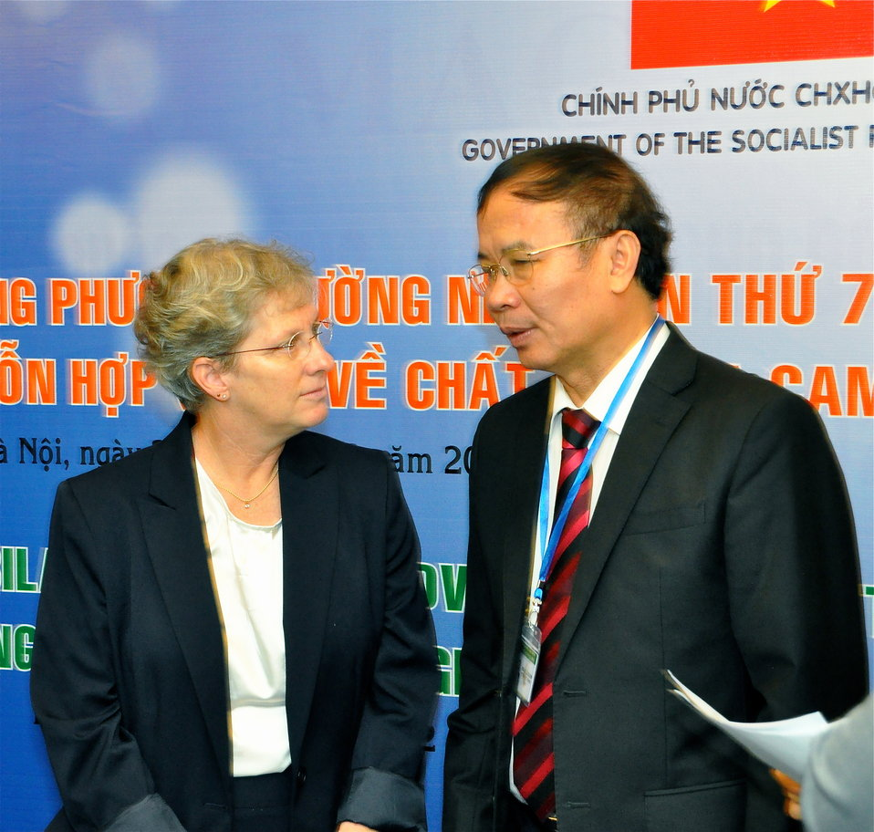 Meeting Co-Chairs Jennifer Orme-Zavaleta and Dr. Le Ke Son at the Seventh U.S.-Vietnam Advisory Committee Meeting (JAC)