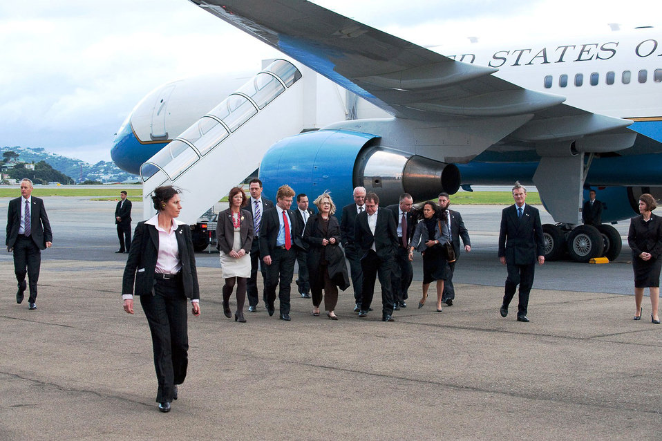 Secretary Clinton Arrives in Wellington, New Zealand