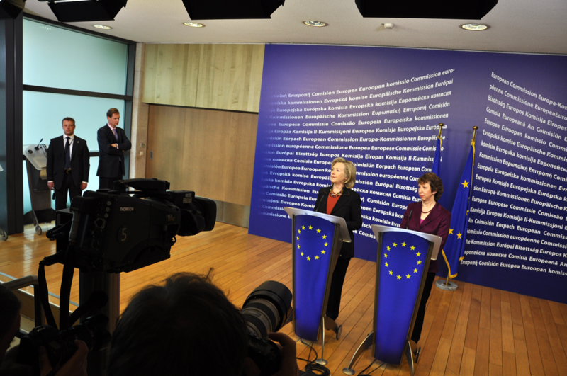 Secretary Clinton and EU High Representative Ashton Deliver a Joint Press StatementSecretary Clinton and EU High Representative Ashton Deliver a Joint Press Statement