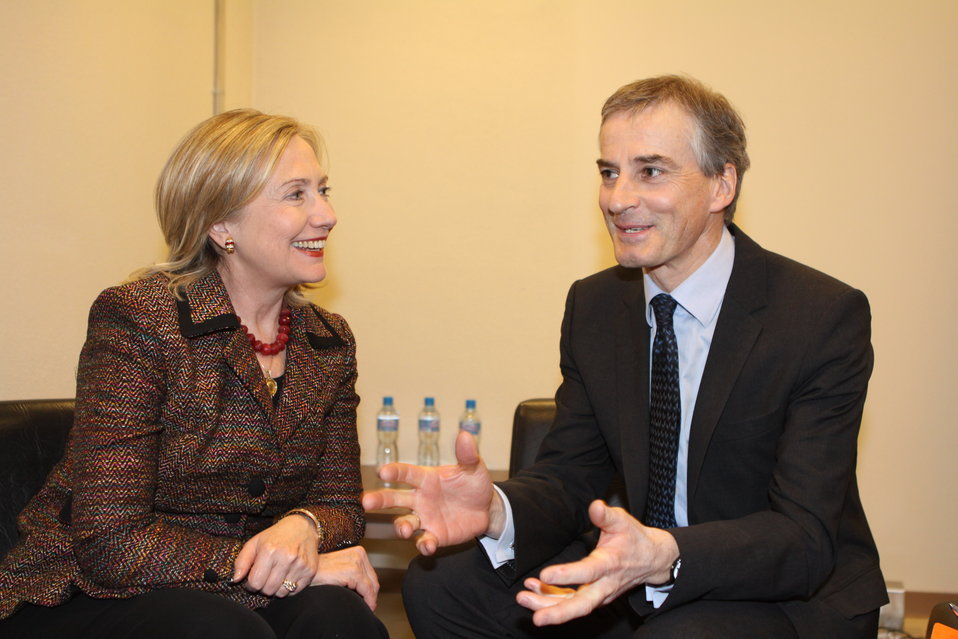Secretary Clinton Meets With Norwegian Foreign Affairs Minister Støre