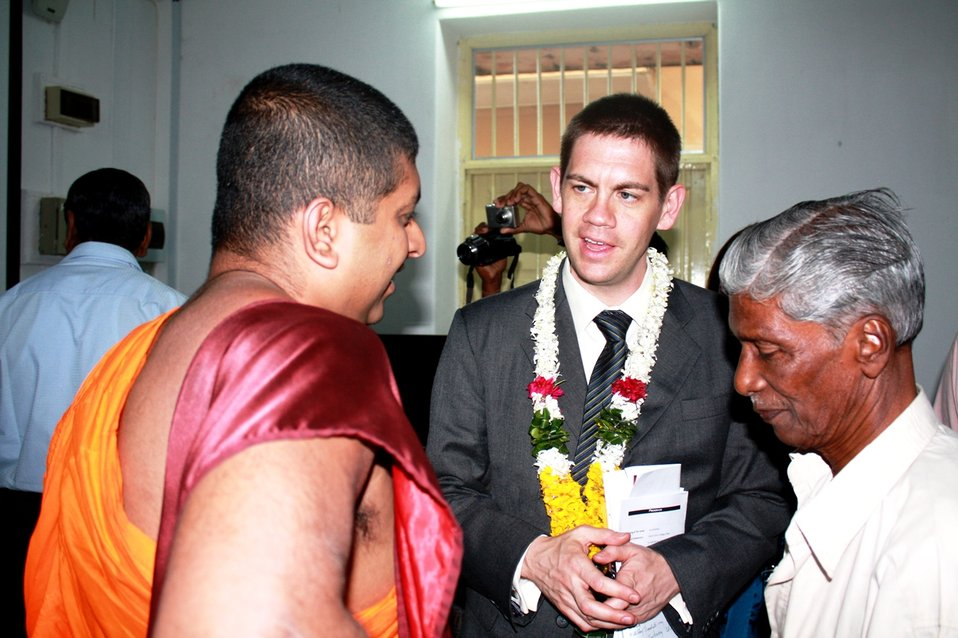 PAO Anderson Speaks With Sri Lankans