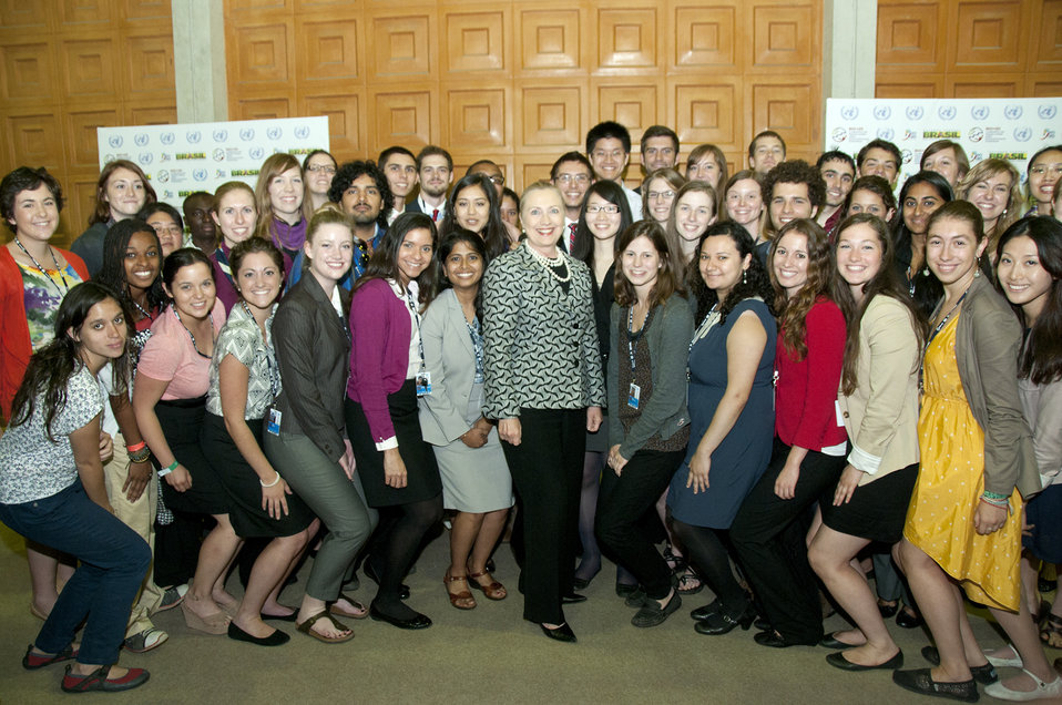 Secretary Clinton Poses for a Photo With SustainUS Youth Members