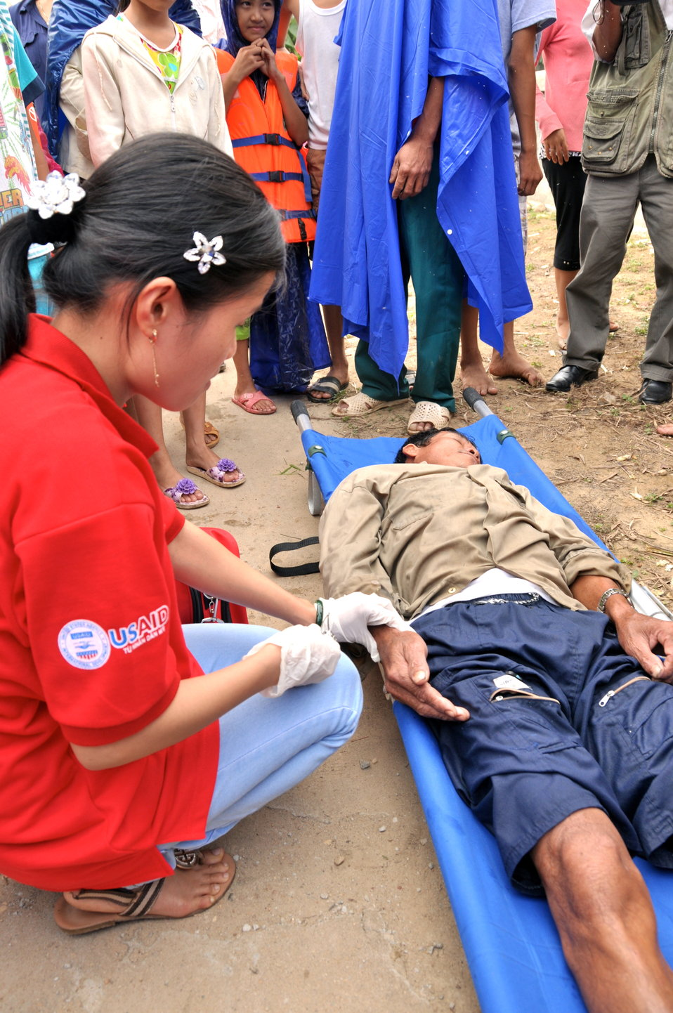 USAID and Save the Children support community evacuation drill and emergency preparedness in central Vietnam