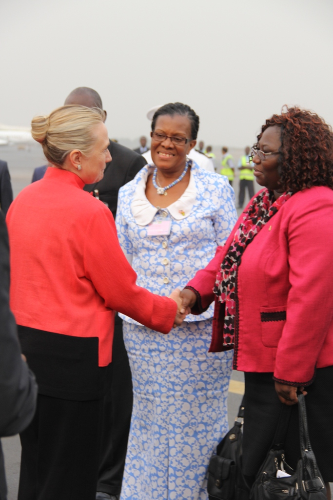 Secretary Clinton Says Farewell to Togolese Women's Affairs Minister Amedjogbe and Planning and Development Minister Ahoefa Ekoue