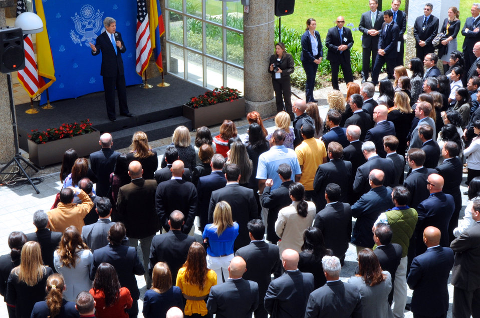 Secretary Kerry Addresses the Staff of Embassy Bogota