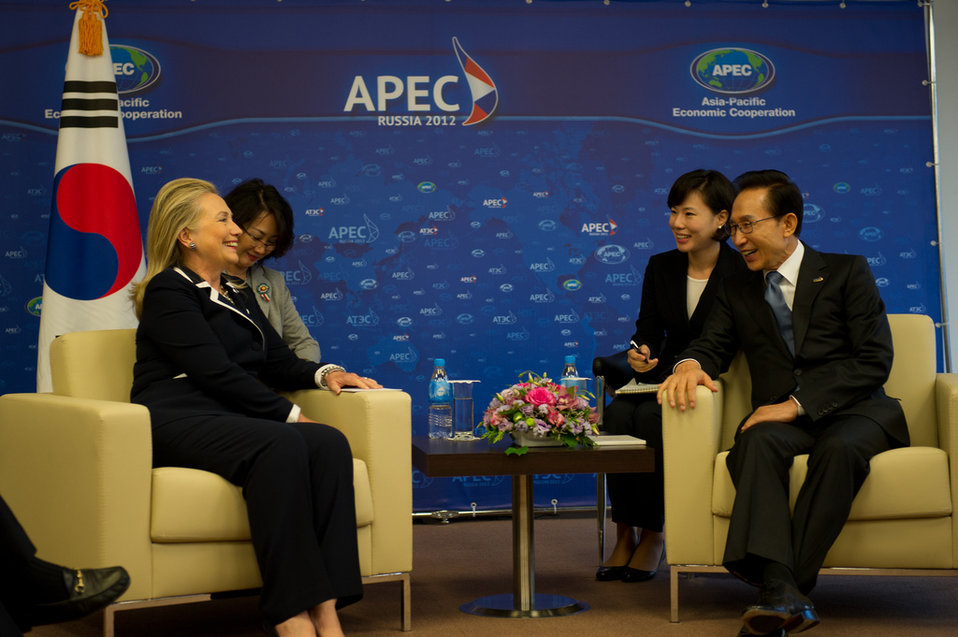 Secretary Clinton Meets With South Korean President Lee