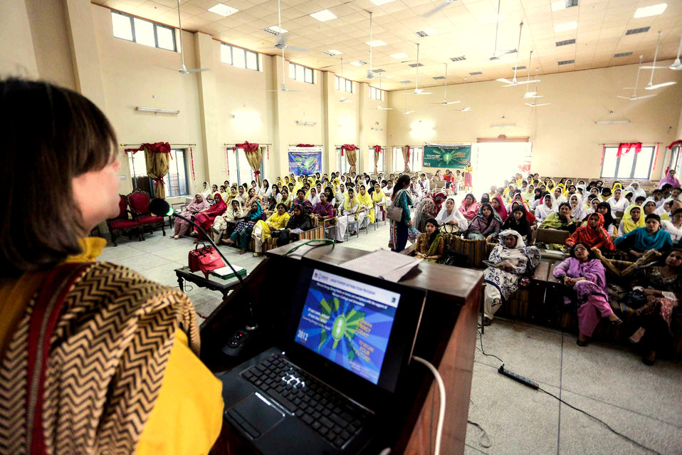USAID enlightens women about energy conservation and opportunities in distribution companies