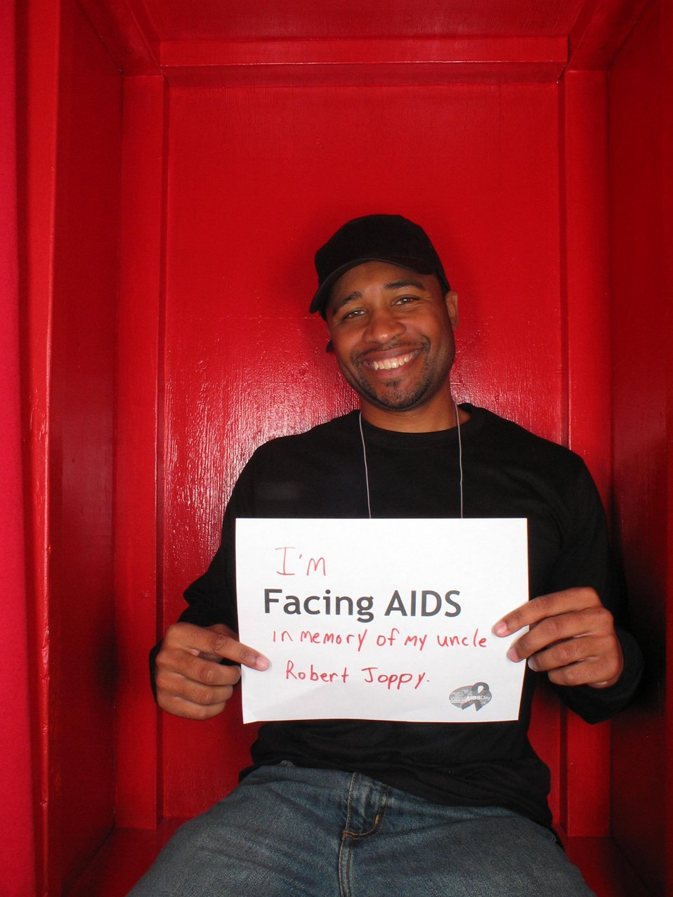 I'm Facing AIDS in memory of my uncle.