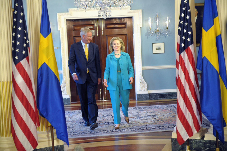 Secretary Clinton Holds a Bilateral Meeting With Swedish Foreign Minister Bildt
