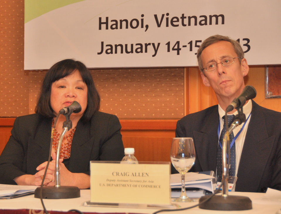 Ms. Patricia M. Loui, Board Director, Export-Import Bank of the United States, addresses a press conference at the LMI Infrastructure Best Practices Exchange in Hanoi