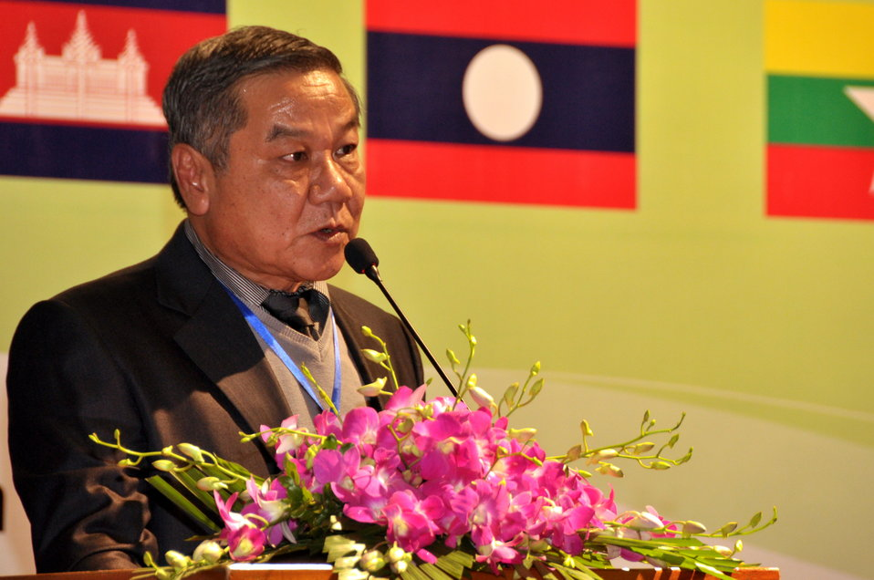 Mr. Phothong Ngonphachanh, Deputy Director General of Road and Bridge Department, Ministry of Public Works and Transport, Laos, addresses the Lower Mekong Initiative Infrastructure Best Practices Exchange