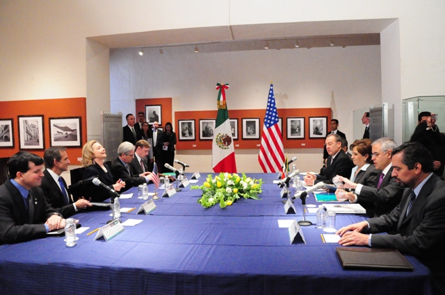 Secretary Clinton, U.S. Delegation, and Mexican Foreign Secretary Espinosa, Mexican Delegation Discuss Bilateral Issues