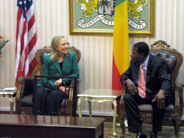 Secretary Clinton Meets With Benin's President Boni Yayi
