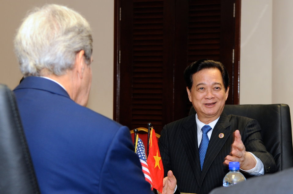 Vietnamese Prime Minister Dung Speaks With Secretary Kerry