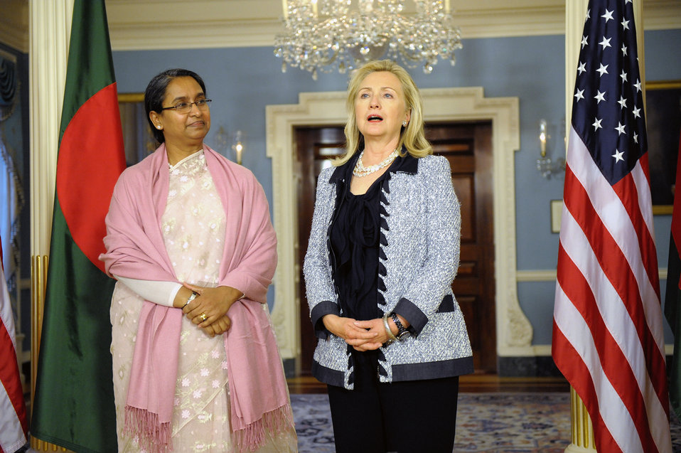 Secertary Clinton Meets With Bangladeshi Foreign Minister Dipu Moni