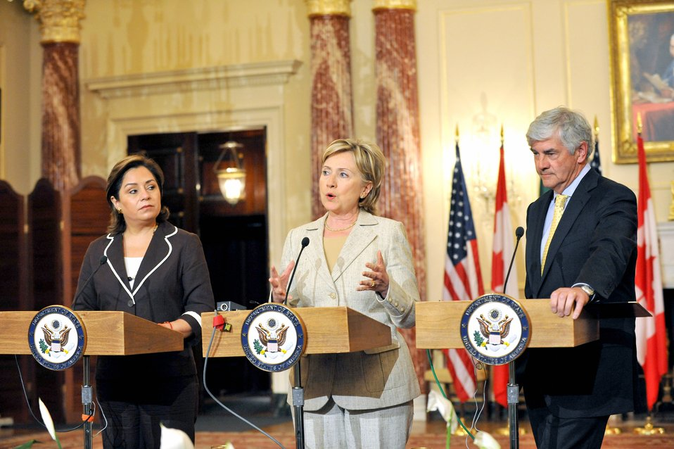 Secretary Clinton Hosts North American Trilateral Ministerial