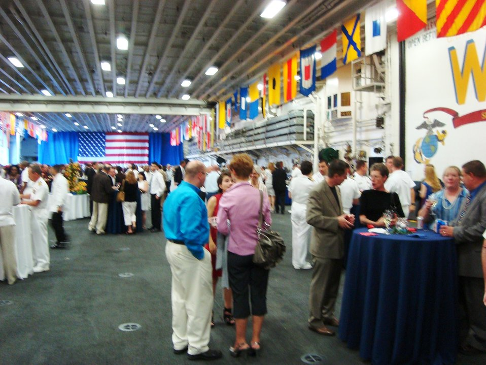 2010 0706 Ottawa USS Wasp event 1