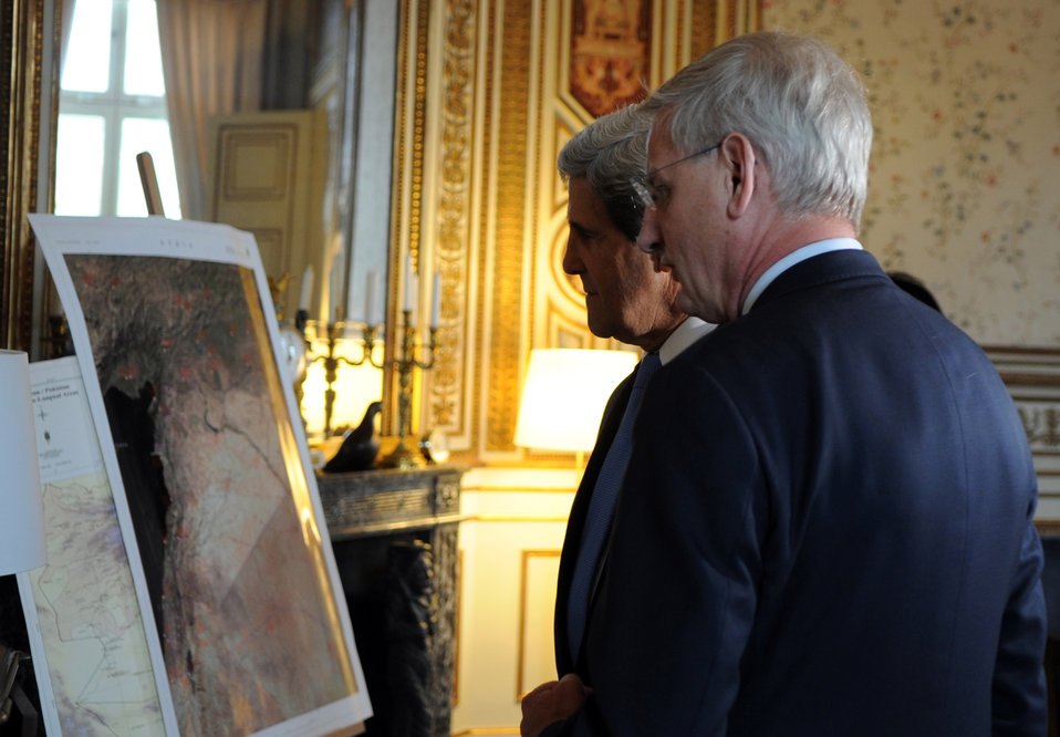 Secretary Kerry Meets With Swedish Foreign Minister Bildt