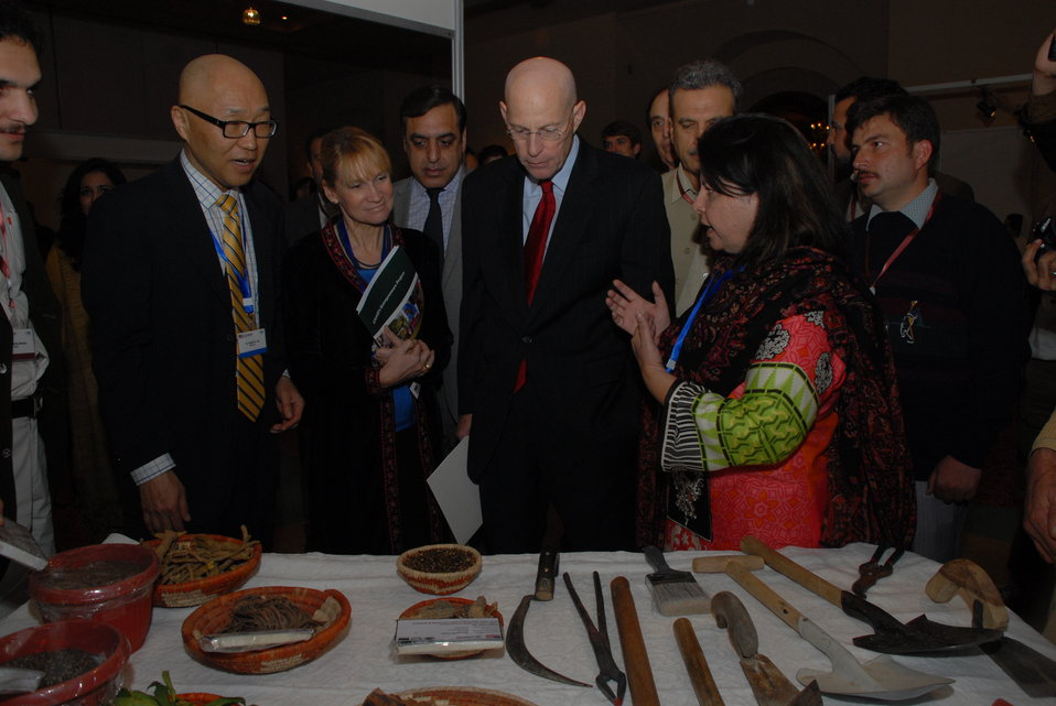 The United States Helps Revitalize  Medicinal Plants and Honey Industry in Khyber Pakhtunkhwa 02