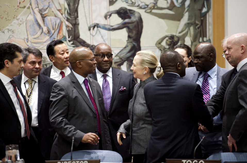 Secretary Clinton Speaks With Dignitaries at a UN Security Council Session on Syria
