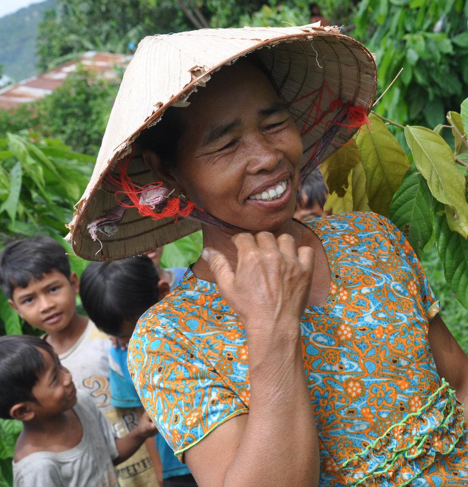 USAID supports cocoa farmer families in Dak Lak, Vietnam
