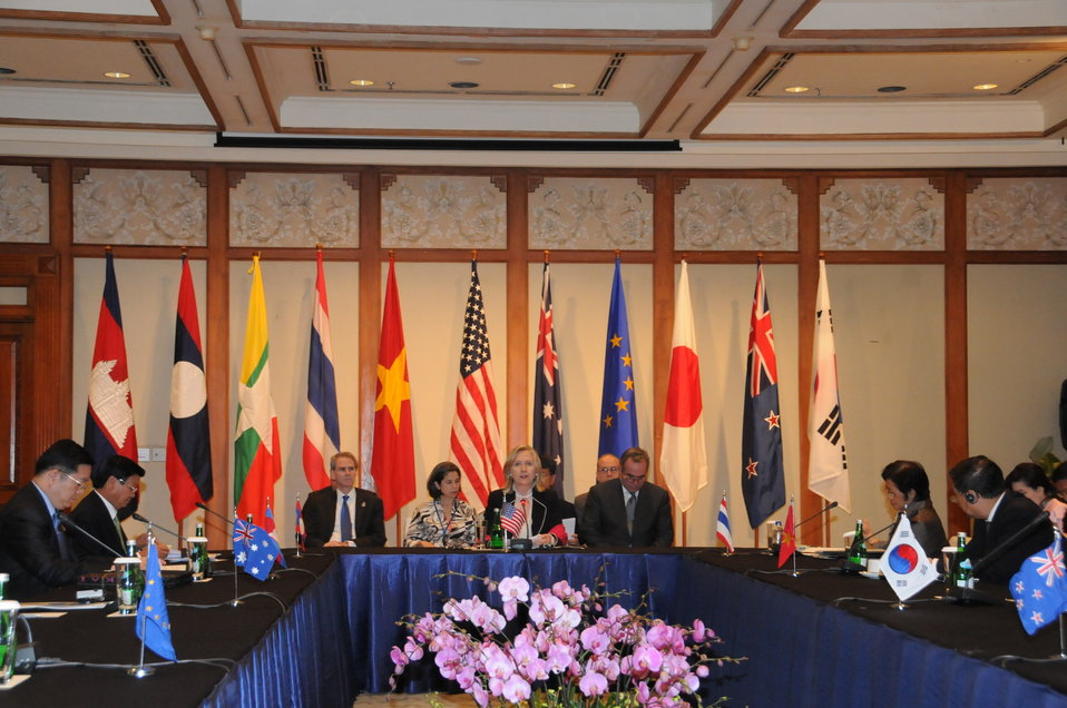 Secretary Clinton Participates in the U.S.-Lower Mekong Ministerial Meeting