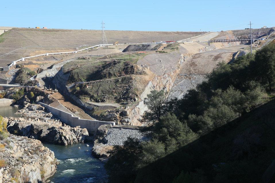 Folsom Dam Spillway construction