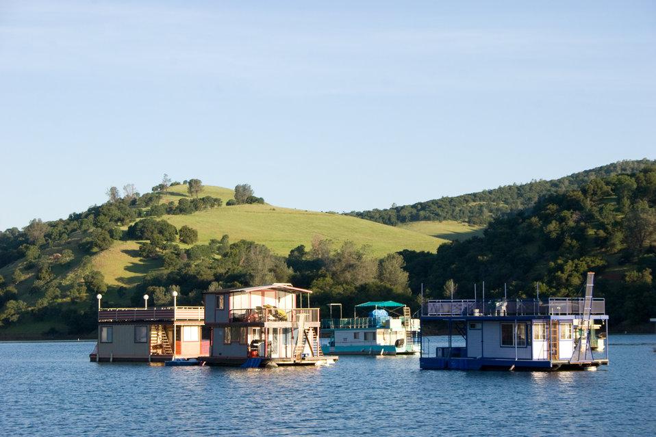 Englebright Lake