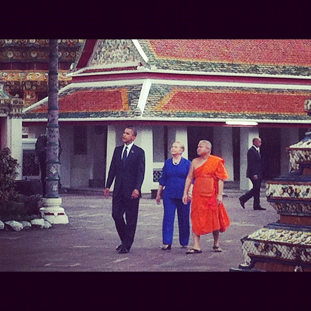President Obama and Secretary Clinton Tour the Wat Pho Royal Monastery With Chaokun Suthee Thammanuwat