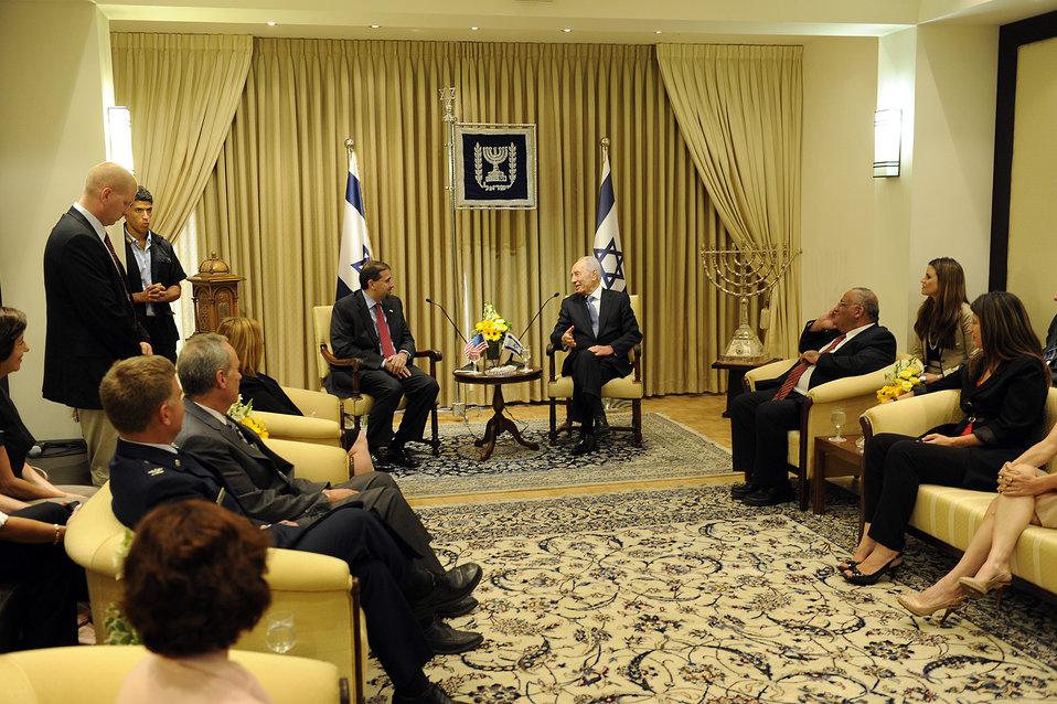 Ambassador Shapiro Meets With Israeli President Peres